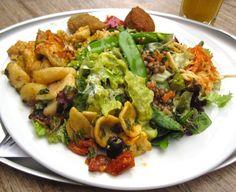 Plate of vegan deliciousness @ tidbits Best Vegetarian Restaurants, Guacamole, Plates, Vegan, London, Chicken, Ethnic Recipes, Food, Licence Plates