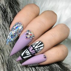 """#NailArt via - NAIL INSPO (@theglitternail) on Instagram: """"✨ • #Repost : Picture and Nail Design by @aymehnails Follow @aymehnails for more gorgeous nail…"""""""