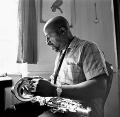 Yusef Lateef.  Although Lateef's main instruments were the tenor saxophone and flute, he also played oboe and bassoon, both rare in jazz, and also used a number of non-western instruments such as the bamboo flute, shanai, shofar, xun, arghul and koto.  Wikipedia