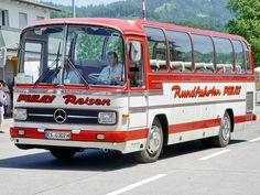 Alle Größen | Mercedes-Benz 0302 18.6.2006 0216 | Flickr - Fotosharing! Mercedes Benz Bus, M Benz, Old M, New Bus, Classic Pickup Trucks, Train Truck, Grey Dog, Engin, London Bus
