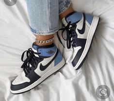 Dr Shoes, Nike Air Shoes, Hype Shoes, Nike Shoes Blue, Cute Nike Shoes, Adidas Shoes, Colorful Nike Shoes, Awesome Shoes, Cheap Shoes
