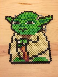 Yoda of Star Wars - Perler Beads Perler Beads, Fuse Beads, Pearler Bead Patterns, Perler Patterns, Perle Hama Star Wars, Nerd Crafts, Iron Beads, Melting Beads, Filet Crochet