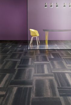Design Block Weave met Signature AR0ACH22-Chroma Black Amtico Signature, Amtico Flooring, Living Room Decor Cozy, Luxury Vinyl Flooring, Commercial Flooring, Home Remodeling, Tile Floor, Weaving, Bathroom