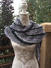 Ravelry: Bird of Paradise Shawl pattern by Dayna Scoles