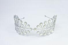 Fairy flower headband in silver | Luxury hair accessories from Geisha Fabulous
