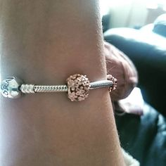 """Love this charm! #myPANDORAcharm #PANDORA #daisy #pretty"" Thank you for sharing, @vickiekibler (Instagram)"