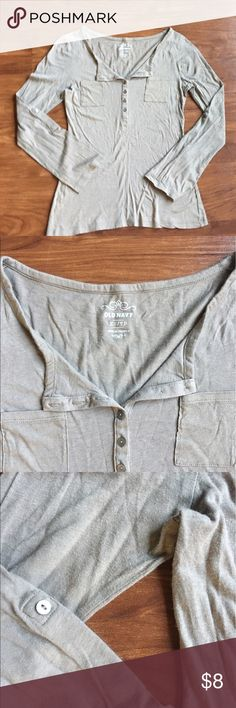 OLD NAVY buttoned top Excellent used condition. Cute & thin for spring/summer! Sleeves can be rolled up and buttoned, button is shown in pictures. Old Navy Tops Button Down Shirts