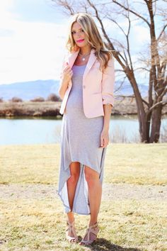 5 Ways to Style Your Favorite Summer Maternity Dress