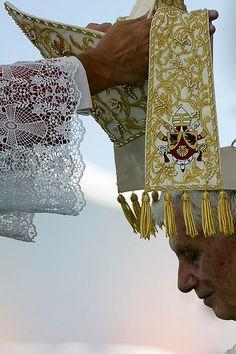 Pope Benedict XVI <3