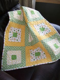 Alternate California Girl quiltSALE ))))))))))Little Friends Baby Quilt,, with Frogs and Duckies