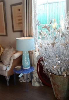 Natural Holiday Decor Idea: Beautiful Birch Branches