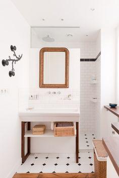super pared down bathroom