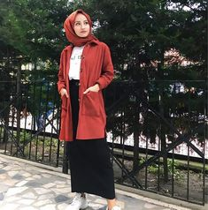 Image may contain: 1 person, standing and outdoor Muslim Fashion, Modest Fashion, Hijab Fashion, Fashion Outfits, Womens Fashion, Ootd Hijab, Hijab Outfit, Dress Outfits, Dresses