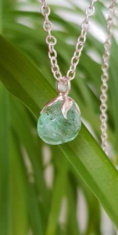 Raw Emerald Necklace May Birthstone Green Gemstone Necklace #emerald #crystal #necklace #jewelry
