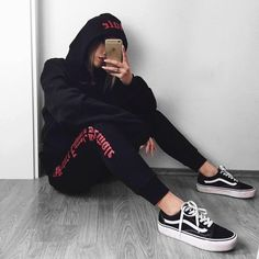 The Future Equals Female Hoodie Lazy Outfits, Cute Sporty Outfits, Skater Outfits, Tomboy Outfits, Tomboy Fashion, Retro Outfits, Grunge Outfits, Trendy Outfits, Cool Outfits