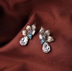 Get into the dream world and look like a fairy with these beautiful earrings!