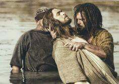 Jesus gets Baptized by John the Baptist from The Bible miniseries. The Bible Miniseries, Jesus Baptised, Christian Images, Christian Art, My Jesus, Jesus Christ, Savior, Getting Baptized, The Bible Movie