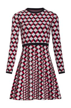 Krásné šaty, které si zamilujete na první obléknutí pro jejich velmi příjemný materiál. Vynést je můžete do města, do kanceláře, na oběd s přáteli i zabalit na dovolenou. Jednoduchý střih zvýrazňující ženskou postavu, dlouhý rukáv, sukně rozšířená. Materiál pružný, splývavý s jemnou podšívkou (95% viskóza, 5% spandex). Doplňte kabelkou a botami z naší nabídky a výsledek bude skvělý. Šaty jsou svetrového vzhledu. Dresses For Work, Dresses With Sleeves, High Neck Dress, Long Sleeve, Spandex, Inspiration, Products, Fashion, Turtleneck Dress