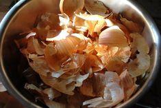 De ce grădinarii cu experiență adună coji de ceapă! - Pentru Ea Gastro, Snack Recipes, Snacks, Cabbage, Garlic, Vegetables, Instagram, Food, Plus Jamais