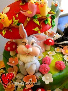 https://www.facebook.com/Ciupakabra.cakes/photos/a.151635968198932.26296.138658532830009/642375685791622/?type=3