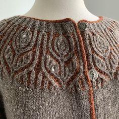 Ravelry: Helenium pattern by Amanda Scheuzger  - Helenium