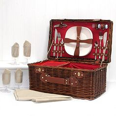 Wicker picnic basket for 4 at £58 by Fine Food Store on amazon