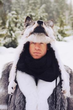 What'cha know 'bout rockin' a wolf on yah noggin'