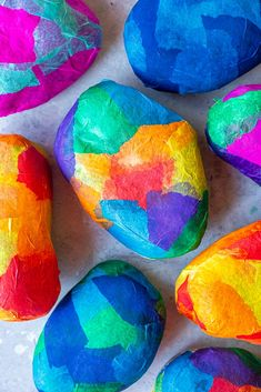 Stained Glass Rocks - Sprouting Wild Ones Rock Crafts, Arts And Crafts Projects, Fun Crafts, Craft Work For Kids, Crafts For Kids To Make, Painted Rocks Craft, Glass Rocks, Sharpie Crafts, Stained Glass Crafts
