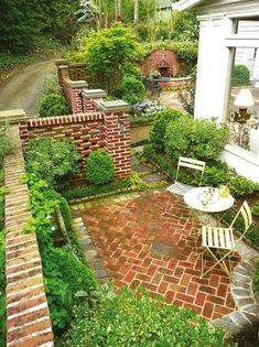 Courtyard landscaping