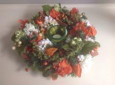 Krans met kunstbloemen, mooie kunstbloemen!!