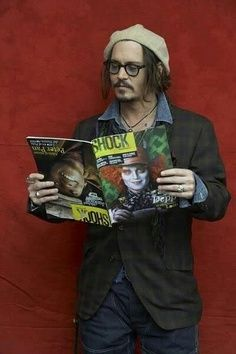 Johnny Depp reads.