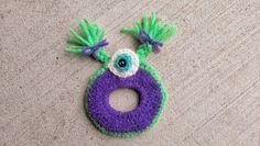 Grandma Swills' Handcrafted Knits: Crochet Camera Lens Buddy