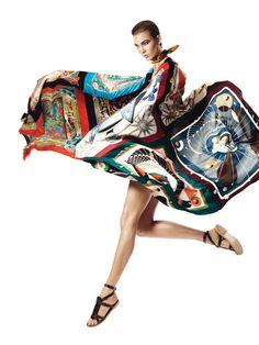 Karlie Kloss + + + Harper Bazaar + Espanha + abril 2013-004