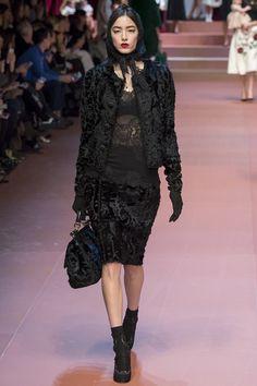 Dolce & Gabbana does little old Italian widow, Fall 2015 RTW Runway – Vogue