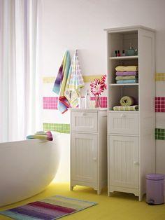 Baños con mucho color