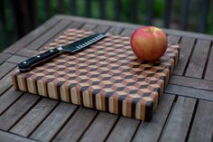 "My first cutting board: 3d End Grain using hard maple, cherry, and walnut (the ""WHY do I choose the hardest projects as firsts"" edition) - Imgur"