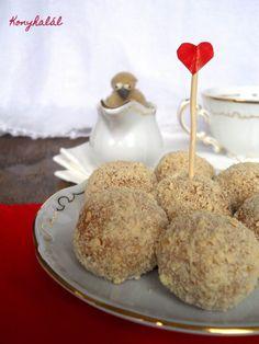 almas pite golyo Macaron, Winter Food, Muffin, Dairy, Pudding, Cheese, Breakfast, Cake, Sweet