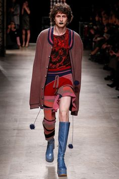 Andreas Kronthaler for Vivienne Westwood Fall 2016 Ready-to-Wear Fashion Show - Henry Kitcher