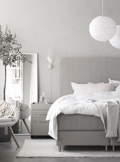 A soothing light white pale grey and cream Swedish bedroom / by Pella Hedeby Bedroom Setup, Bedroom Inspo, Bedroom Decor, Bedroom Ideas, Bedroom Inspiration, Swedish Bedroom, Modern Bedroom, Light Gray Bedroom, Pella Hedeby
