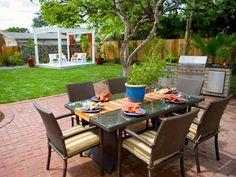 Small Backyard Arrangement