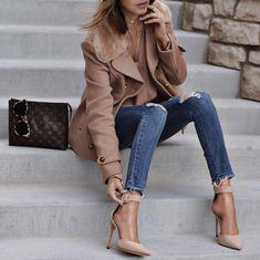 """13.1 χιλ. """"Μου αρέσει!"""", 130 σχόλια - Sasha Simón • LolaRio/Style (@lolariostyle) στο Instagram: """"Blushing tones with @vicidolls jacket jeans and heels #vicidolls #sponsored"""""""
