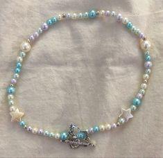 Trendy Jewelry, Dainty Jewelry, Cute Jewelry, Beaded Jewelry, Jewelry Accessories, Jewelry Necklaces, Handmade Jewelry, Beaded Bracelets, Collar Diy