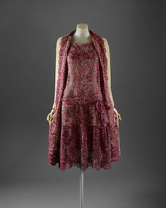 """Ensemble  House of Chanel  (French, founded 1913)    Designer:      Gabrielle """"Coco"""" Chanel (French, Saumur 1883–1971 Paris)  Date:      1929  Culture:      French  Medium:      silk, wool  Dimensions:      Length at CB (a): 43 in. (109.2 cm) Length at CB (b): 42 in. (106.7 cm) Length (c): 66 1/4 in. (168.3 cm)  Credit Line:      Isabel Shults Fund, 1984"""