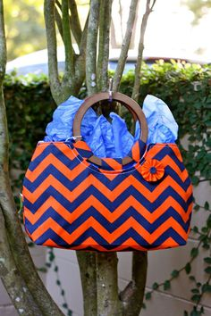 Handbags... gator colors!!