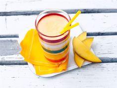 Smoothie - Hedelmäinen ja raikas smoothie piristää ihanasti brunssia. http://www.valio.fi/reseptit/smoothie/
