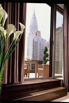 The Wyndham Midtown 45 (formerly The Alex Hotel) NYC ~ Patio view of the Chrysler Building Nyc Hotels, Hotels And Resorts, Hotel Deals, Alex Hotel, Book A Hotel Room, Voyage New York, Destinations, Empire State Of Mind, I Love Nyc