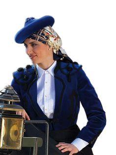 Trajes Goyescos, Victoria Mena Victoria, Women, Coven, Modern Fashion, Amazons, Trends, Women's, Woman, Victoria Falls