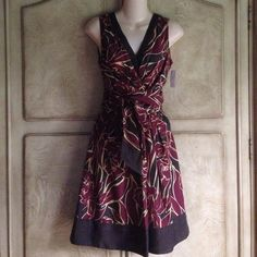 EUC BCBG MAXAZRIA Brown/Maroon dress Size 2 Wrap around belt for the perfect fit! Side zipper.  Fully lined. BCBGMaxAzria Dresses