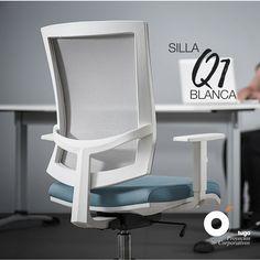 Silla giratoria Q1! Un diseño elegante que ofrece   configuraciones versátiles, aportando confort al usuario. Chair, Furniture, Home Decor, Environment, Offices, Swivel Chair, Chairs, Elegant, Blue Prints