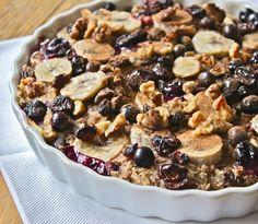 Baked banana, blueberry and raisin oatmeal: vegan, dairy free, glutenfree #recipe